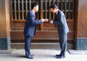 business-card-exchange-in-japan