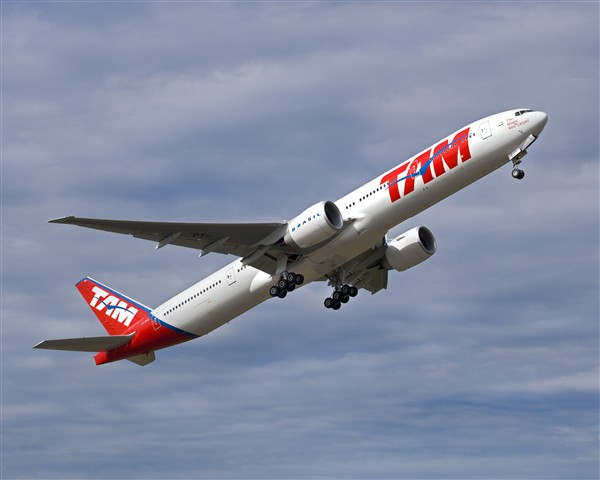 Boeing Delivers Brazilian TAM Airlines? First 777-300ER